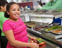 Healthy School Meals: Salad Bars